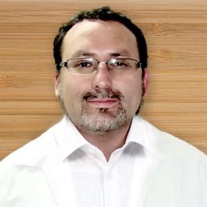 Tecnólogo Médico Arturo Muñoz